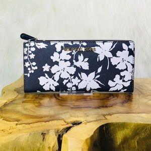 Michael Kors Card Case Carryall Floral Wallet